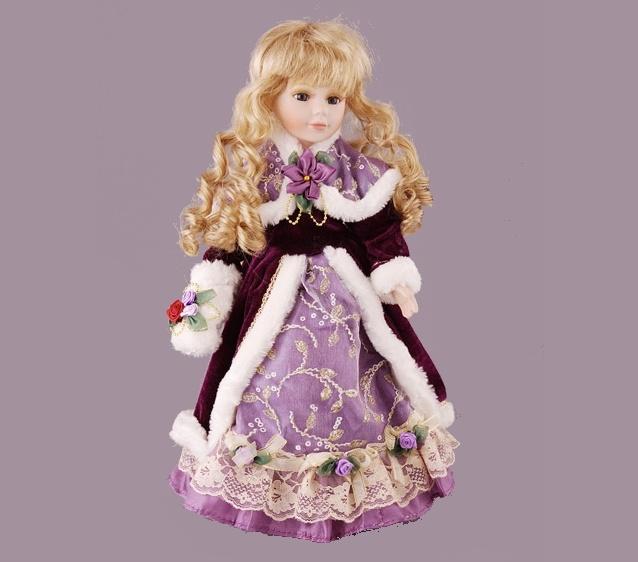 Я - маленькая фарфоровая кукла...